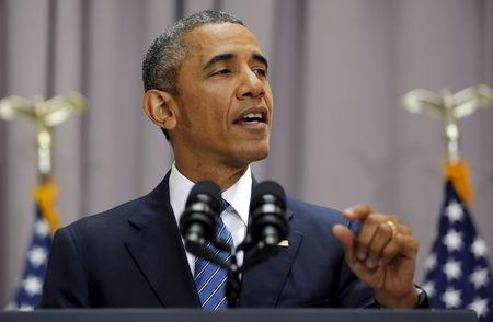 Obama scores policy win in securing votes for Iran nuclear deal