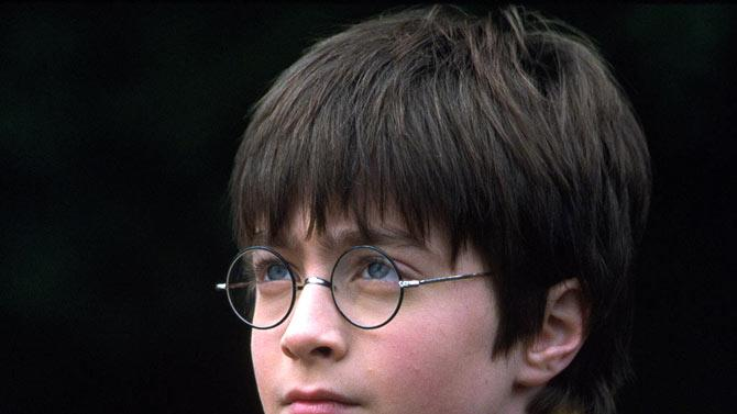 Harry Potter and the Sorcerer's Stone 2001 Warner Bros. Pictures Daniel Radcliffe