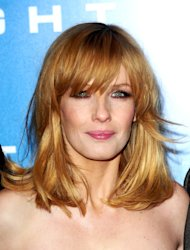 Kelly Reilly plays a drug addict in Flight