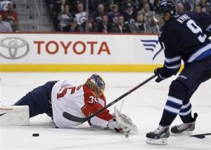 Kane scores twice, Jets beat Panthers 7-2