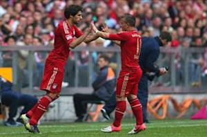 Javi Martinez urges Bayern to not look ahead in treble quest