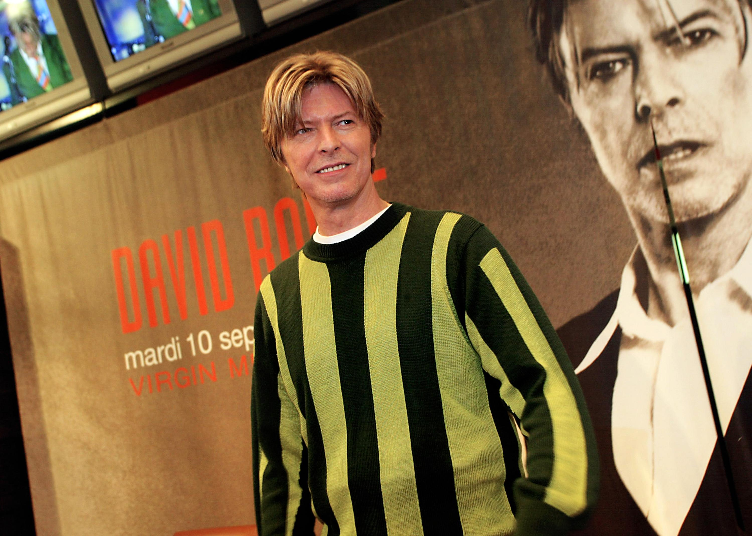 David Bowie pens music for SpongeBob stage version