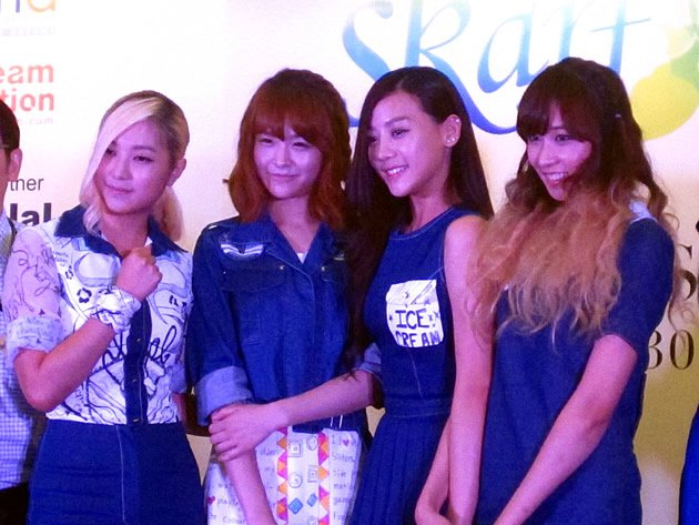 SKarf, comprising (from left) Ferlyn, Sol, Tasha and Jenny, were in Singapore for a small performance and fan-signing session at Bugis+ earlier this week. (Yahoo! photo)