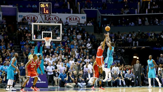 Kemba Walker hits 3-pointer to force overtime and OT game-winne…