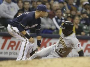 Estrada, Gonzalez lead Brewers over Pirates