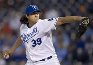 Mendoza helps Royals beat Indians 6-3
