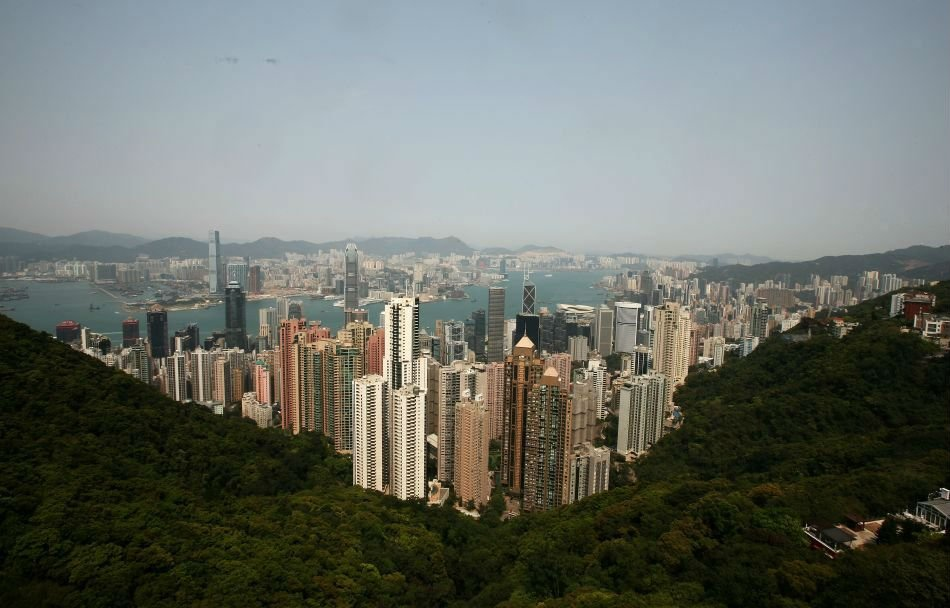 Hong Kong, located on the south coast of China is a city that attracts many tourists and businessmen round the year. Its a great shopping destination and the food is scrumptious.