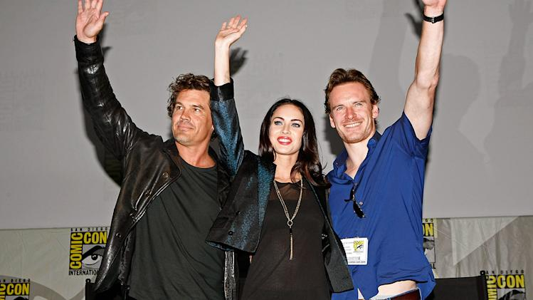 Comic Con 2009 Jonah Hex Panel Josh Brolin Megan Fox Michael Fassbender