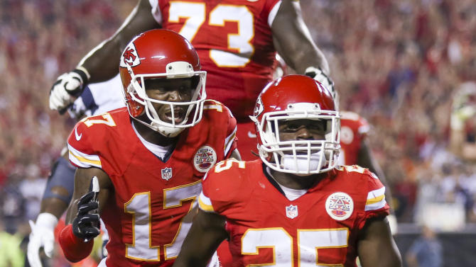 Chiefs bring speed with Charles, power with Davis