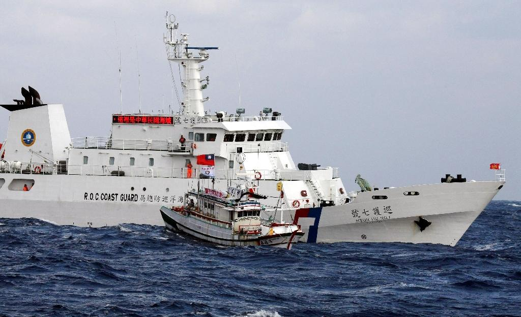 Taiwan sends patrol ships after boat seized by Japan