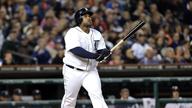 Fielder homers, Tigers beat Royals 6-3