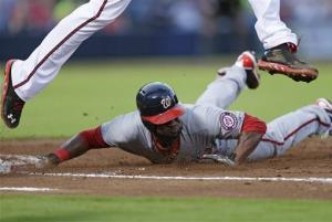 Nationals overcome Strasburg injury, beat Braves