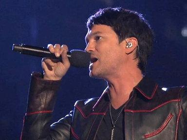 "Jeff Gutt Wrestles With ""Demons"""