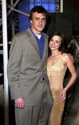 Jason Segel and Linda Cardellini at the Hollywood premiere for Screen Gems' Slackers
