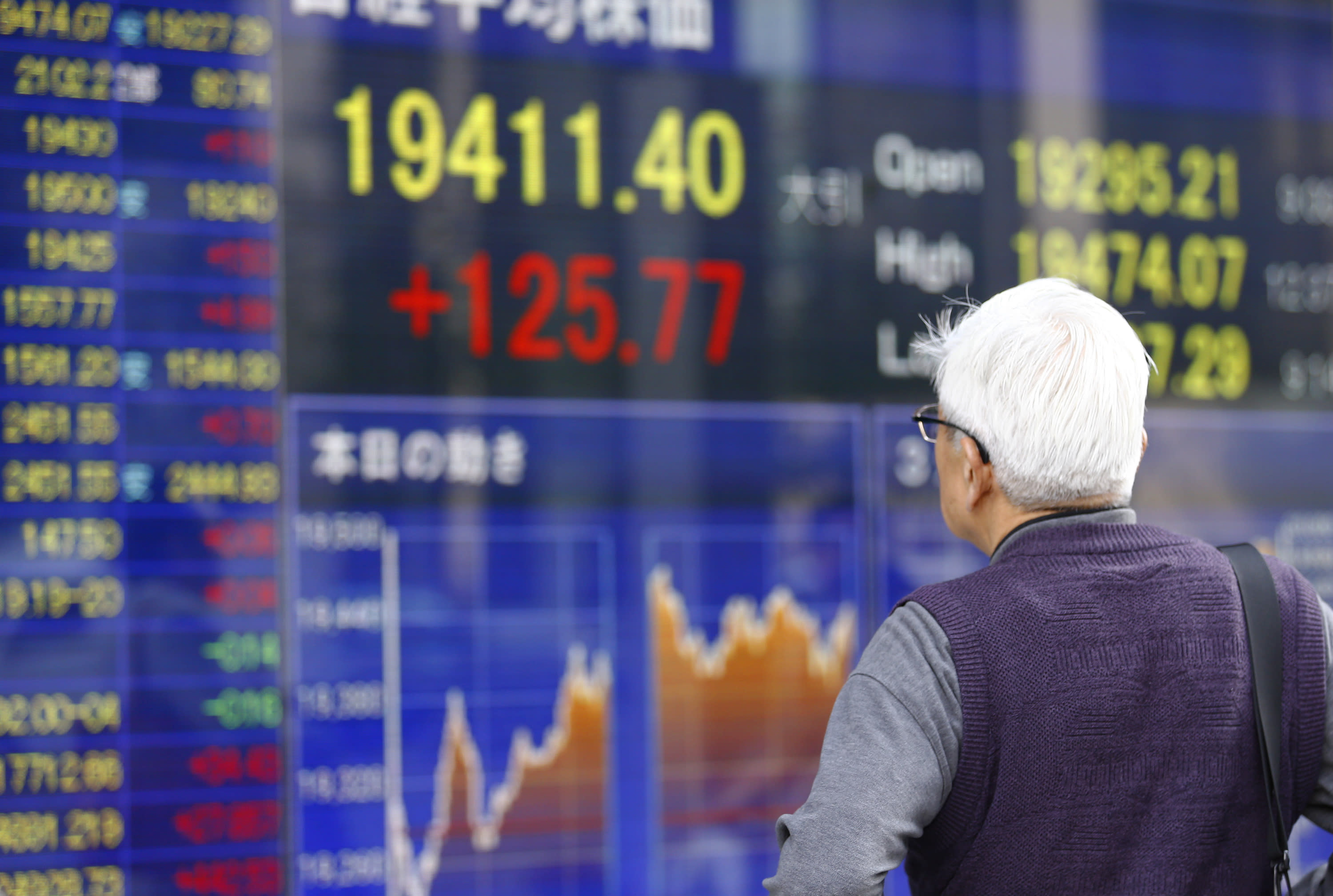 Asian stocks mostly higher after Yellen rate rise remarks