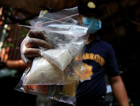 Philippines summons Chinese envoy over drug trafficking from China