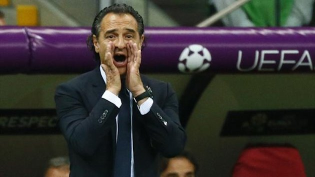 Italy coach Cesare Prandelli shouts to his players during their Euro 2012 semi-final against Germany (Reuters)