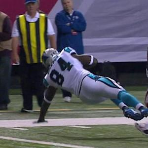 Carolina Panthers quarterback Cam Newton hits tight end Ed Dickson for a 5-yard touchdown