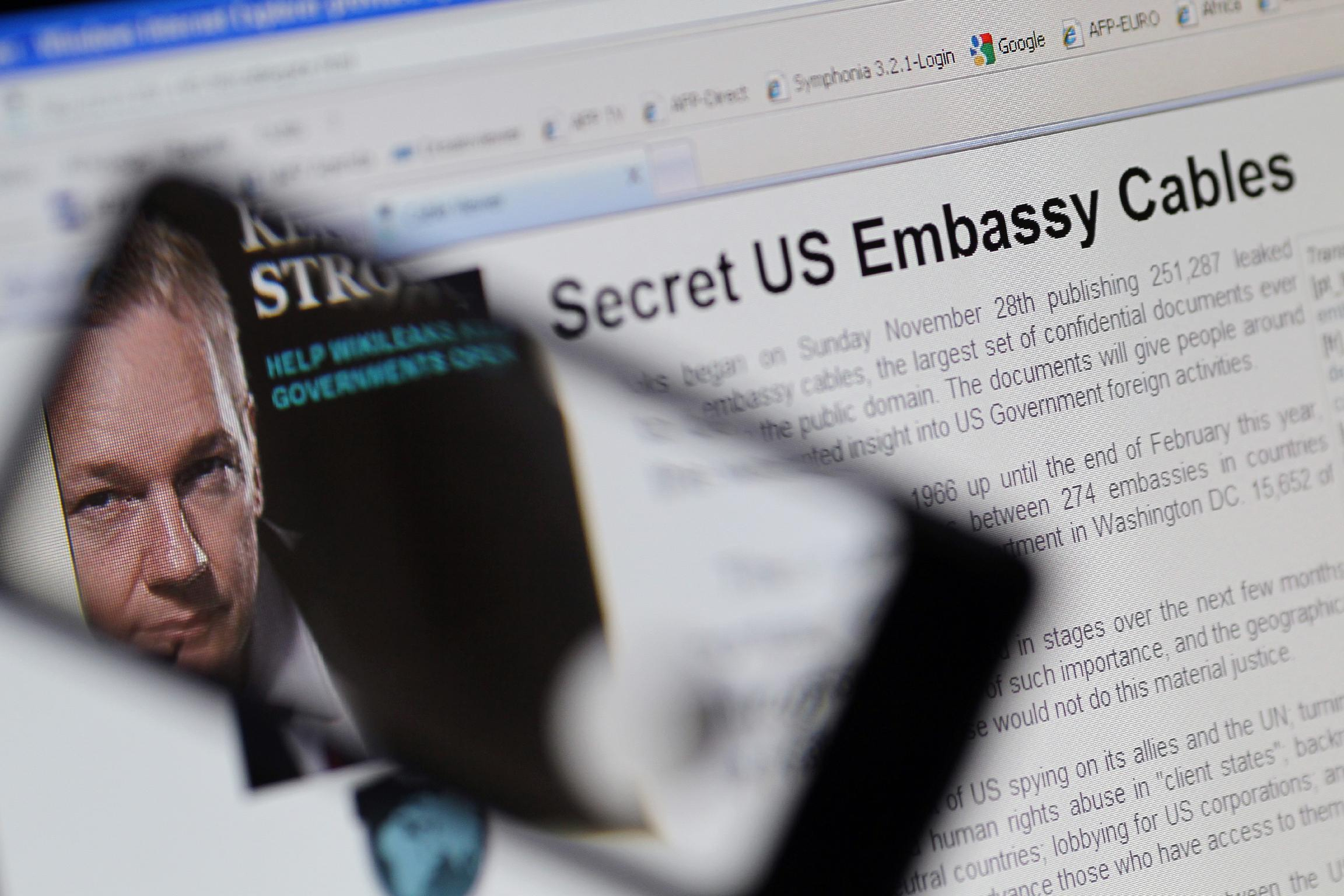 WikiLeaks accuses Google of handing over emails to US