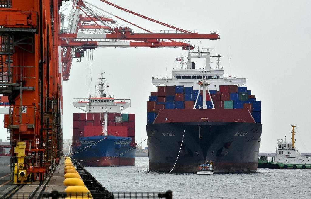 Canada trade deficit narrows to Can$593 million in July