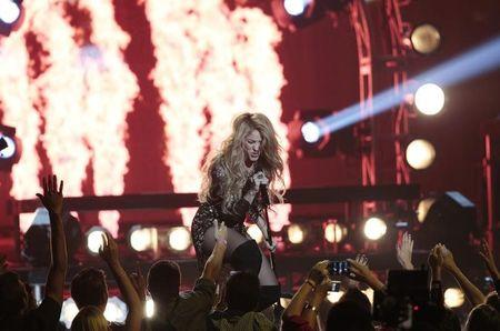 Judge to hold hearing on whether Shakira's copyright accuser lied