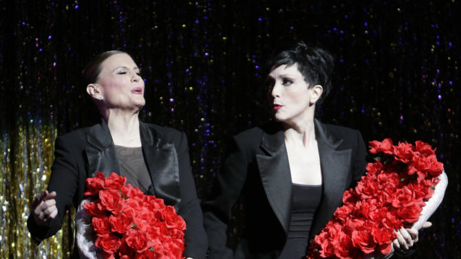 """FILE - In this Nov. 14, 2006 file photo, choreographer Ann Reinking, left, and Bebe Neuwirth perform during a dress rehearsal for Chicago's 10th Anniversary show in New York. The matinee performance on Aug. 27, 2011 will mark the musical's 6,138 show, meaning it vaults over """"A Chorus Line"""" to become the fourth longest-running show in Broadway history. (AP Photo/Seth Wenig, file)"""