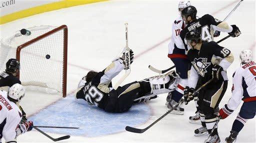 Penguins overwhelm struggling Capitals 5-2