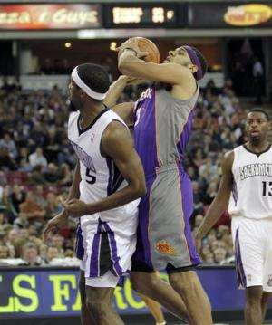 Dudley leads Suns past Kings 98-84