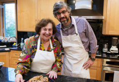 Ruth Teig and Mo Rocca | Photo Credits: Max Orenstein