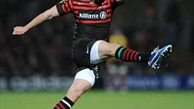 Owen Farrell finished with 22 points in an easy Saracens win