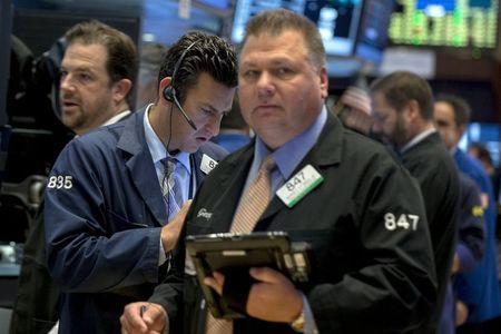 Wall St. higher as investors await key economic data