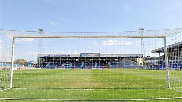 League One - Oldham may lose Dayton, Chesterfield missing six for JPT semi-final