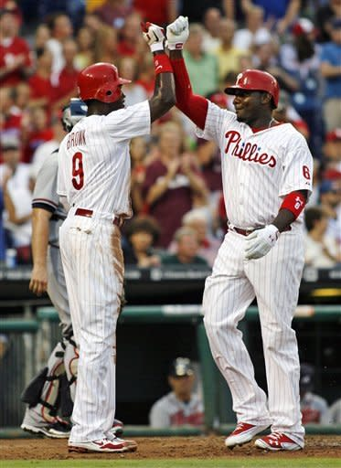 Hamels tosses 5-hitter as Phillies beat Braves 3-0