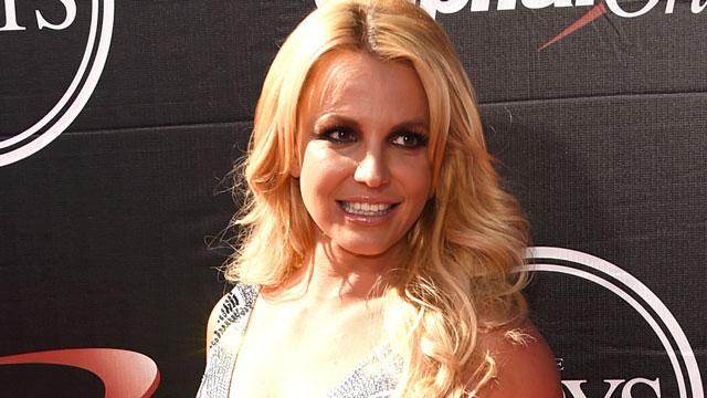 Britney Spears Flashes a Huge Smile While Doing a Perfect Split in a Tiny Bikini