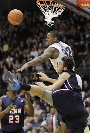 No. 14 Villanova remains perfect, tops Penn 77-54