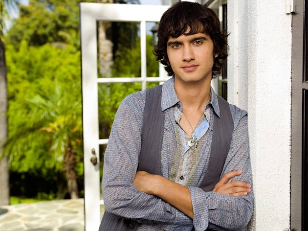 Michael Steger stars as Navid in 90210 