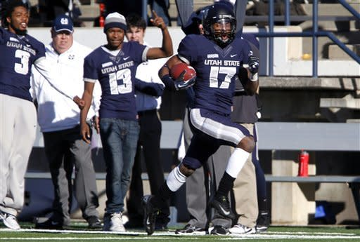 Keeton, defense lift Utah State past Idaho 45-9