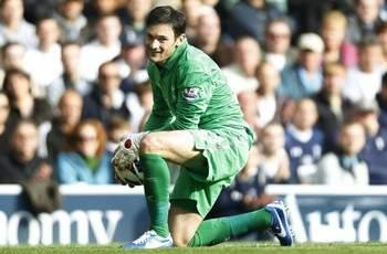 Tottenham boss Villas-Boas hints at extended run for Lloris