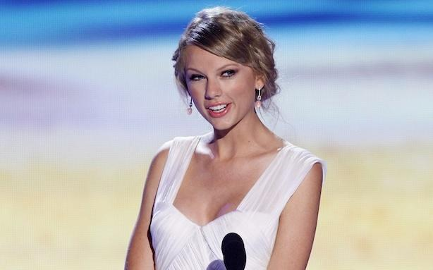 Taylor Swift's Kennedy Love Deepens