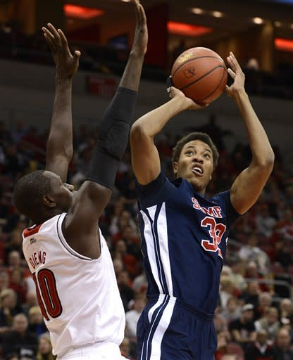No. 2 Louisville routs Samford 80-54