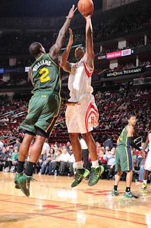 Rockets end skid with 124-86 blowout over Jazz