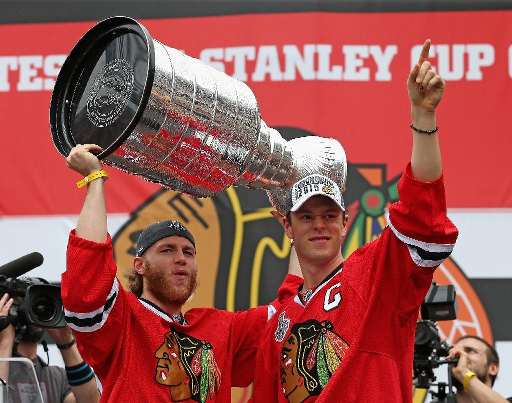 NHL Ducks, Hawks, Lightning to challenge for Stanley Cup