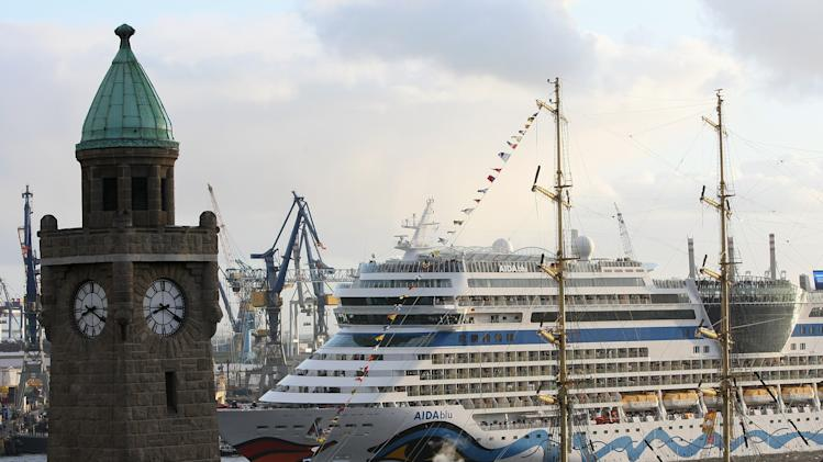 Hamburg Port Celebrates 823rd Birthday