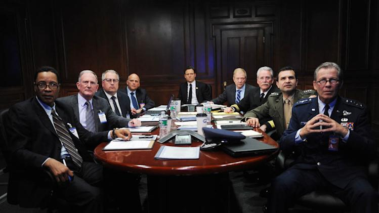 """Scandal"" -- ""Top of the Hour"" KURT FULLER, TONY GOLDWYN, JEFF PERRY"