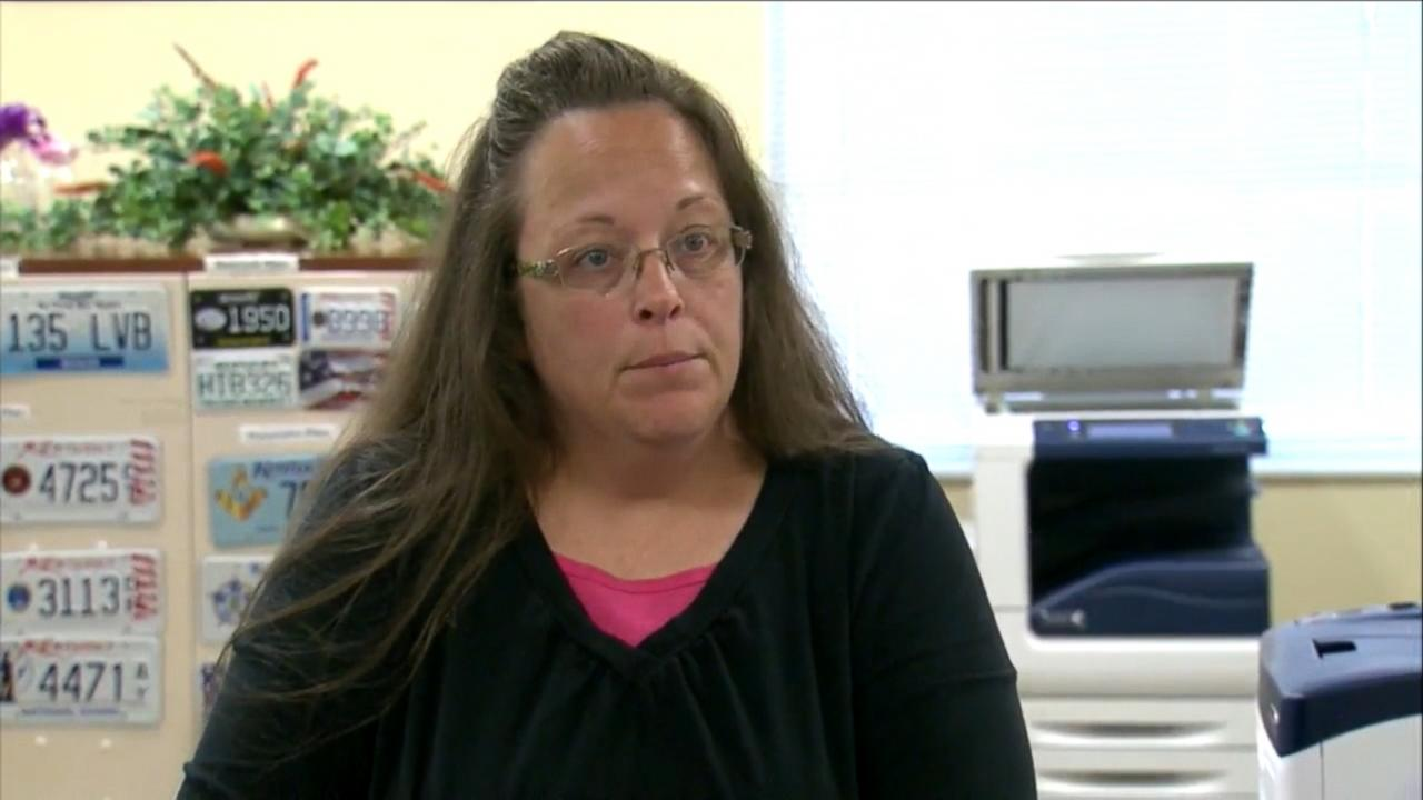 Kentucky Clerk Kim Davis in Custody for Contempt of Court Over Same-Sex Marriage Licenses