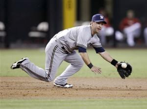 Diamondbacks rally to beat Brewers 4-3, win series