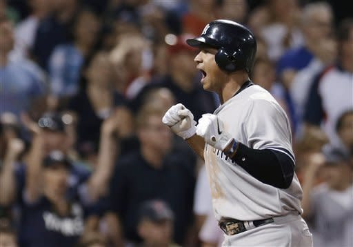 Teixeira helps Yankees beat Red Sox 10-8