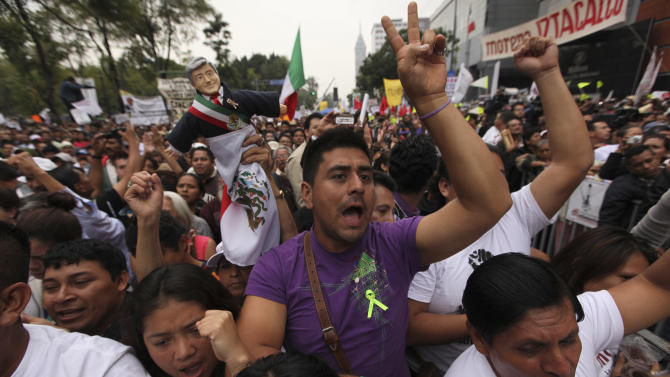 Mexico president gambles with left-leaning reform