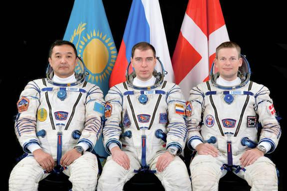 Russian Rocket Launches International Crew of 3 Toward Space Station