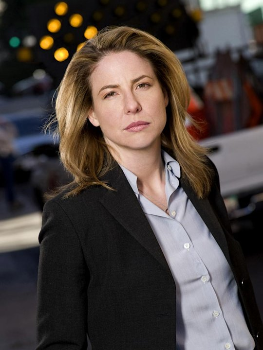 Robin Weigert stars as Lt. Karen Davis in Life.